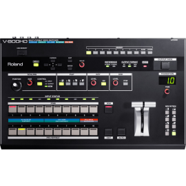 ROLAND MIXEUR V800HD 8ENTREES